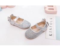Блестящие туфли под нарядные платья, серебряные