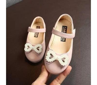 Красивые нарядные туфельки