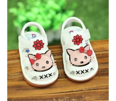 Легкие сандалики для девочек