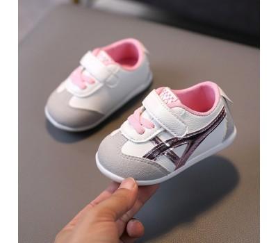 Стильные и  удобные кроссовочки для малышей