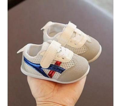 Сетчатые летние кроссовки