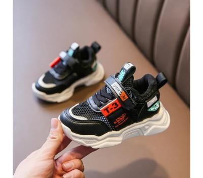 Легкие и удобные кроссовки для малышей