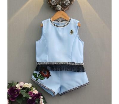 Летний костюм с цветочком