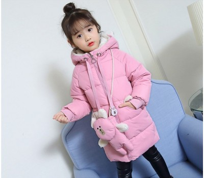 Зимняя куртка с сумочкой