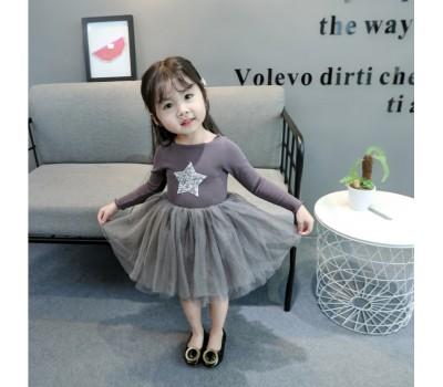 Красивое нарядное платье для маленьких звездочек