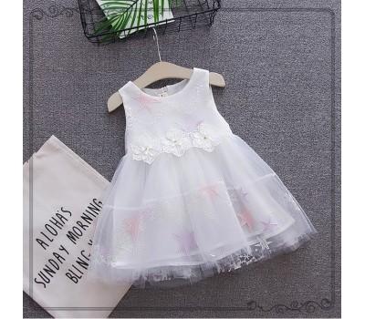 Легенькое и очень красивое нарядное платье со звездами