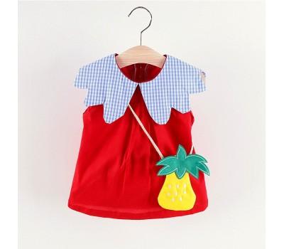 Легенькое оригинальное платье с ананасом, воротник в клеточку