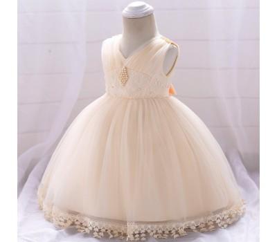 Нарядное платье с бусинками