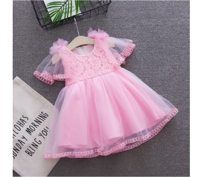 Очень красивое, легкое и воздушное платье c цветочками на плечах
