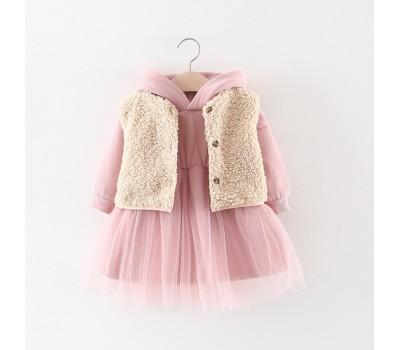Стильное и очень теплое платье с жилеткой