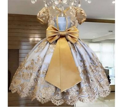 Красивое платье с бантом