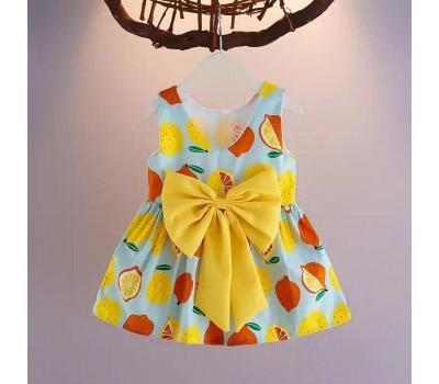 Летнее платье с красивым бантом