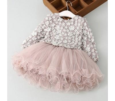 Необычайно красивое платье