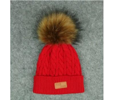 Демисезонная шапка с бубоном, красная