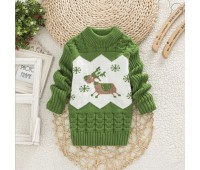 Теплый свитер с оленем