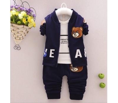 Стильный костюм-тройка с медведем