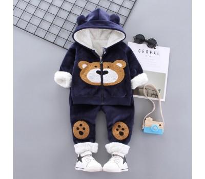 Велюровый костюм на меху с медведем