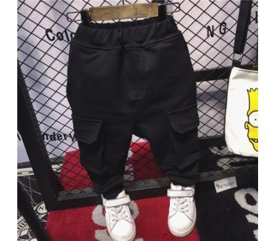 Спортивные штаны с большими карманами