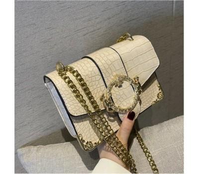 Классическая сумка-клатч рептилия с тонкой цепочкой