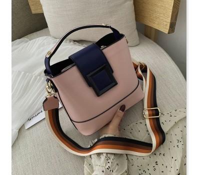 Классическая сумка с широким ремнем на каждый день